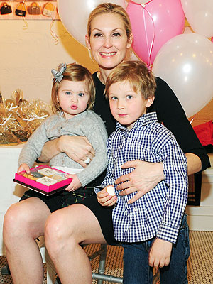 kelly-rutherford-and kids-familylawcourts